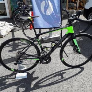 Giant Defy Adv Pro 1 cycles friwheel